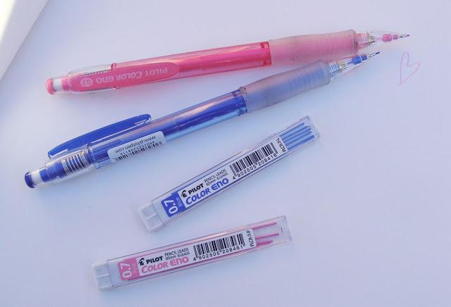 Pilot Color Eno 0.7 Druckbleistift in pink und dunkelblau mit Minen